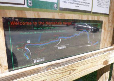 natahala gorge sign and map